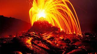 VIDEO: Expertos Temen Que Este Creciendo Un Nuevo Volcán En Hawai.