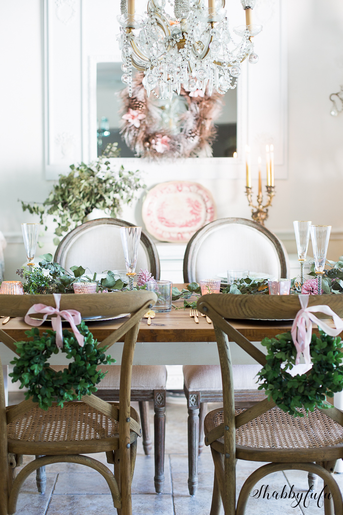 french country dining room for christmas