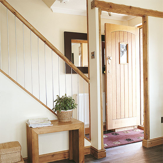 New Home Interior Design: Country Hallway