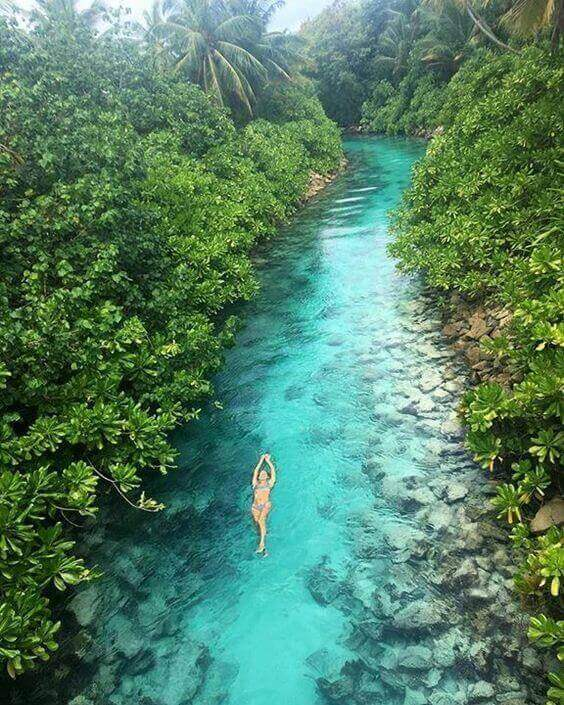 A hidden stream of water in the Maldives