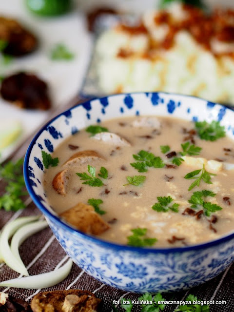 zurek grzybowy, zur, zalewajka grzybowa, zakwas na zur, grzyby, zupa grzybowa, wielkanoc, zupy polskie, obiad