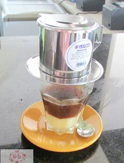 tea-box-cafe-batam-kopi-vietnam