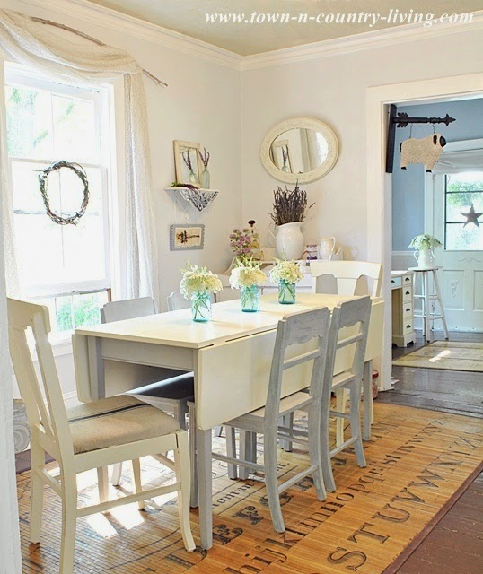 Country Dining Room Tables: Heir And Space: Drop Leaf Tables