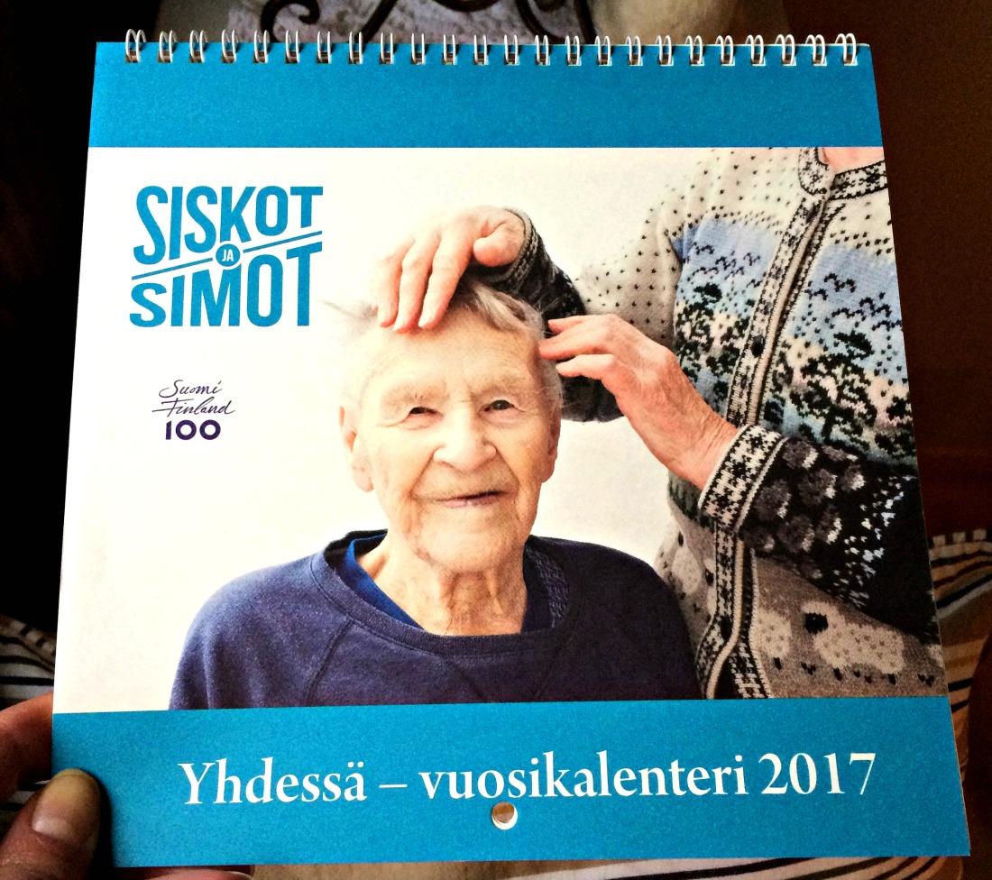 Yhdessä vuoteen uuteen - vanhuskalenteri tärkeän asian puolesta