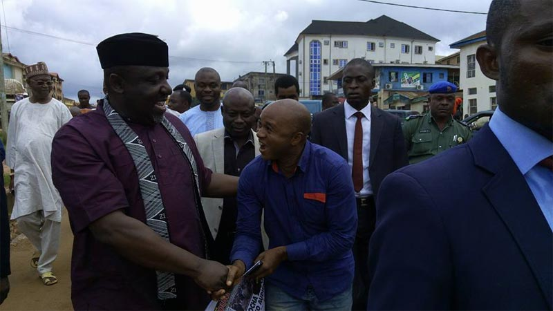 Massive crowd hails Okorocha as governor inspects Owerri road construction