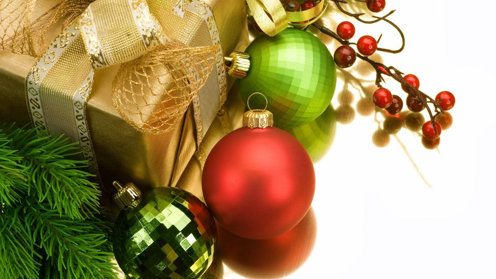 Bolas De Navidad Rojas Sobre Fondo Verde: Imagenes Y Wallpapers: Fondo De Pantalla Navidad Bolas