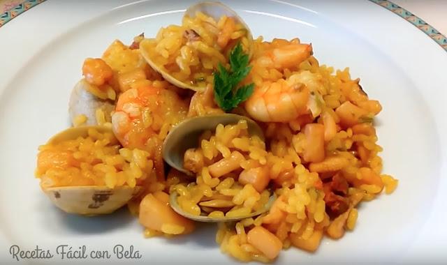 receta-de-arroz-con-calamares-almejas-y-langostinos