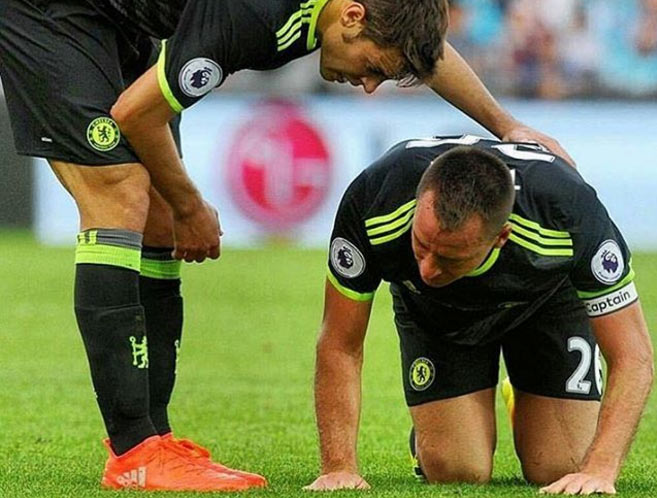 Chelsea captain Terry out for 2 week following injury at Swansea game