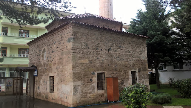 Kastamonu ilinin Taşköprü ilçesinde bulunan Şeyh Hüsamettin Tekke Camii, Taşköprü'nün beylikler dönemi yapısı. 13. yüzyılda Çobanoğulları zamanında yapıldığı düşünülmekte...
