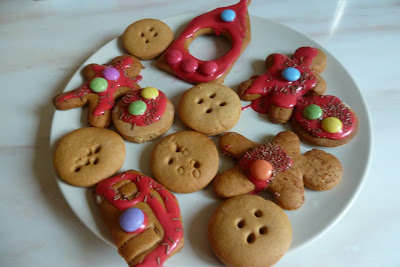 Gingerbread men and Button Moon shapes