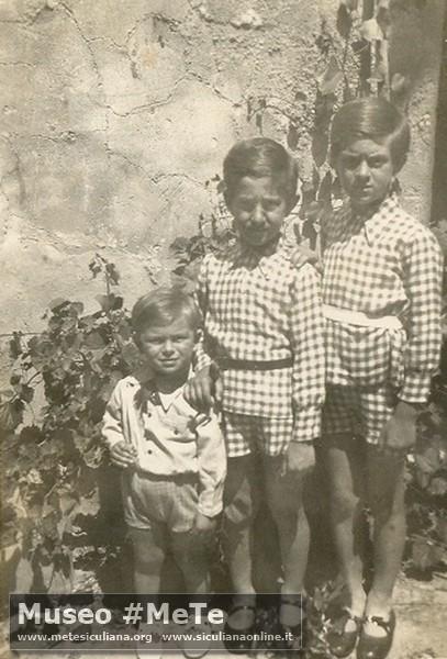 I fratelli Basile nel 1937 presso la tenuta di Monterosso: Giuseppe, Silvio e Manlio