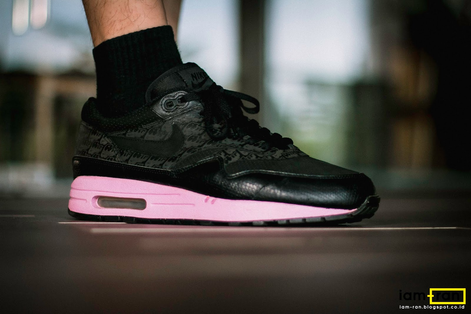 wholesale dealer 34a37 9f162 ... aliexpress on feet dimas indro nike air max 1 powerwall morning glory  5771a fe09f