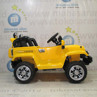 DoesToys DT7245 Jeep Rubicon XL Rechargeable-battery Operated Toy Car