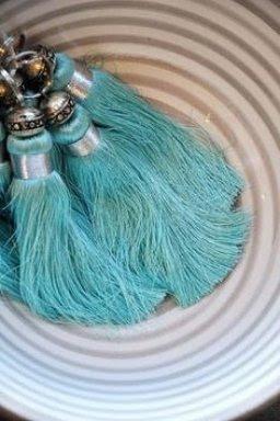borlas, pompones, manualidades, decoración, tutoriales