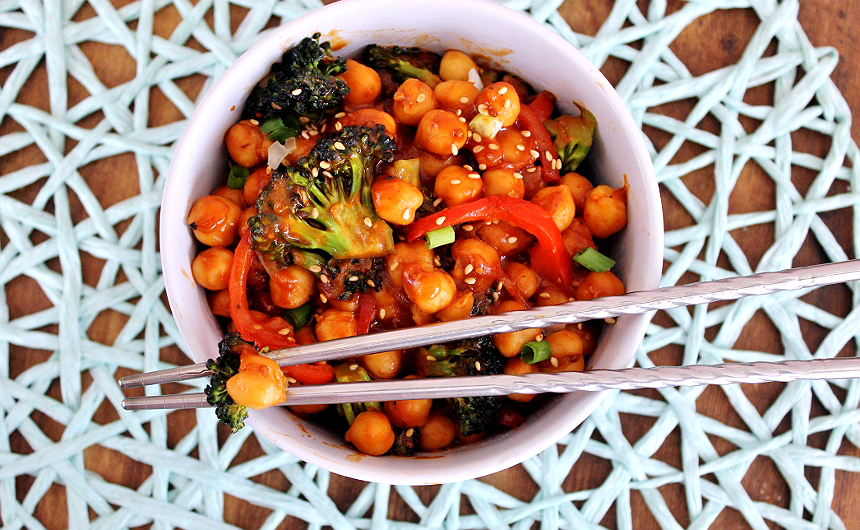 Vegetarian General Tso's Chickpeas Recipe #SWBeans #IC #AD