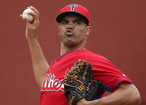 Former Phillies pitcher Miguel Alfredo Gonazalez dies in car accident