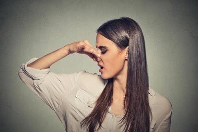 Comment gérer les odeurs corporelles en été