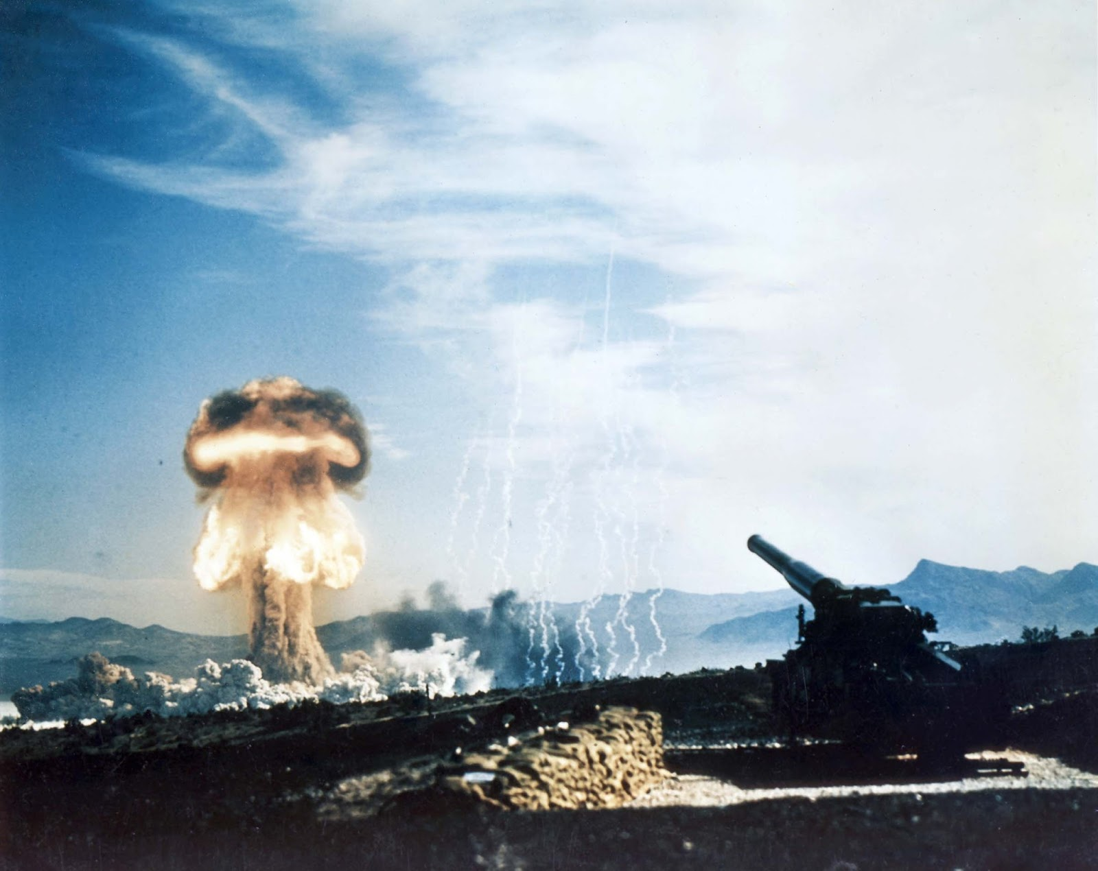 The Grable test, with the Atomic Annie artillery piece used to fire the warhead.