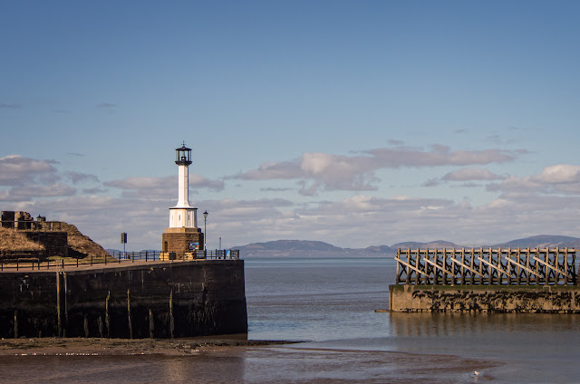 Photo of Maryport lighthouse in the sunshine