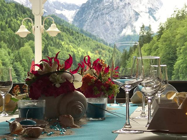 exotisch heiraten, Malediven Karbiik-Hochzeit im Seehaus, Riessersee Hotel Garmisch-Partenkirchen Bayern, Hochzeitsplanerin Uschi Glas