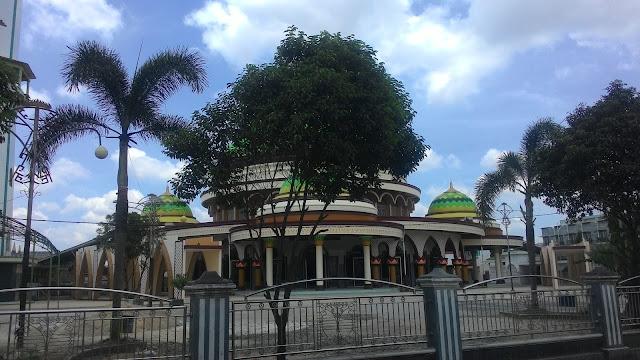 Masjid Megah Di Lampung