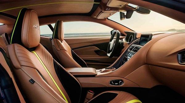 Interior Aston Martin DB11 AMR