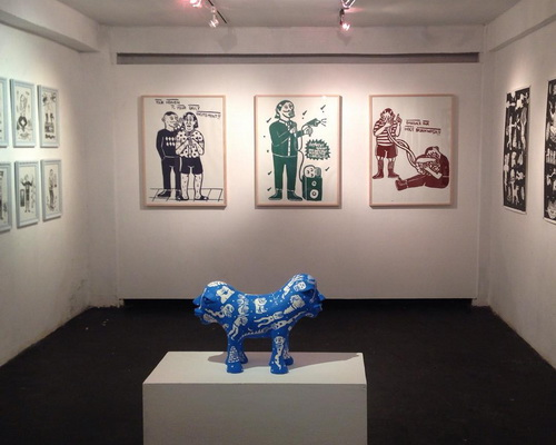 Tinuku.com Vendy Methodos displaying Nimrod Son glowing blue terracotta sculpture in solo exhibition at Crack Studio