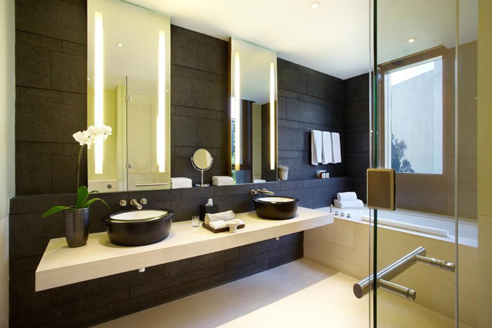 The Club Residences 2 Bedroom Suites - Bathroom 1