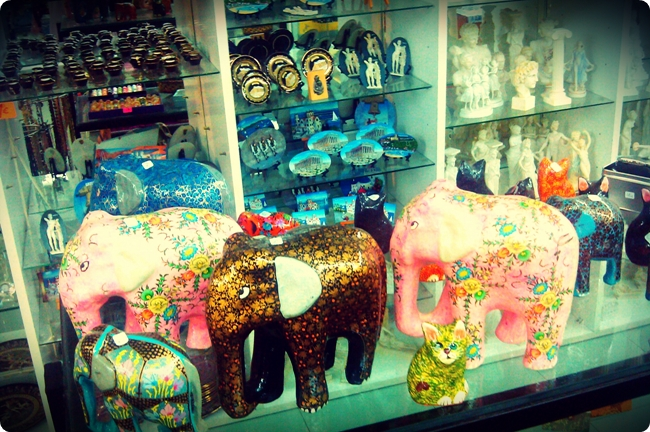 ceramic statues of elephants