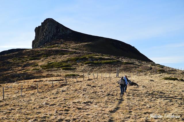 Randonnée dans le Parc Naturel Régional des volcans d'Auvergne