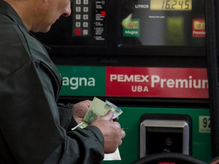 Refinerías no producen Premium, 98% de las ventas provienen del extranjero.