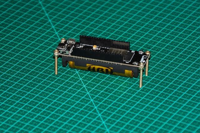 ESP32 com suporte para bateria