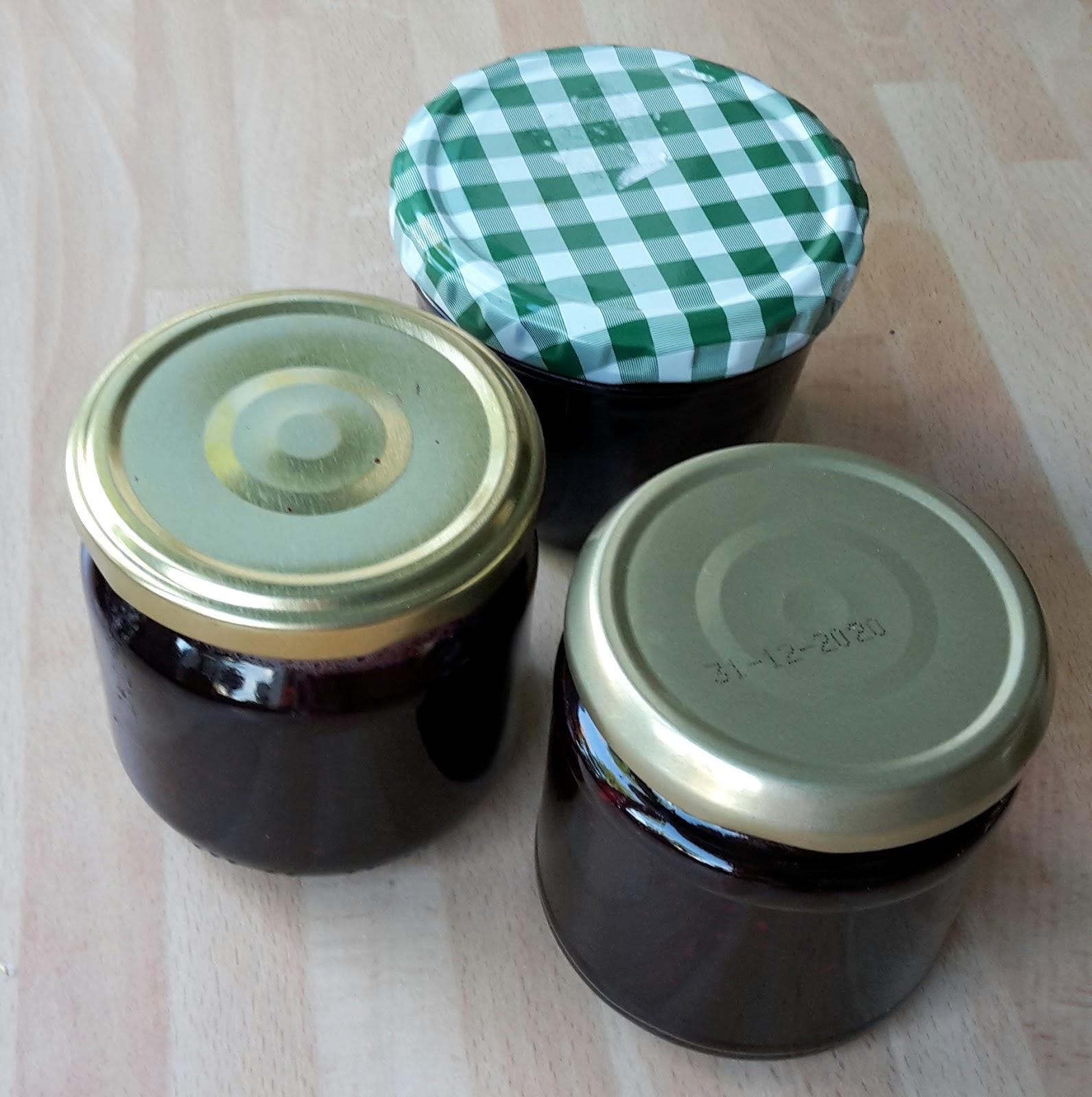 es ist herbst zeit f r holunder apfel marmelade m ein jahr ohne neuk ufe. Black Bedroom Furniture Sets. Home Design Ideas
