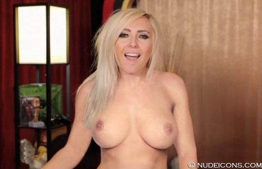 nude celeb pics Jessica Nigri