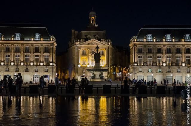Viaje Burdeos Bordeaux noche roadtrip