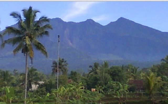 http://www.katasaya.net/2016/06/letusan-gunung-berapi-dahsyat-indonesia.html