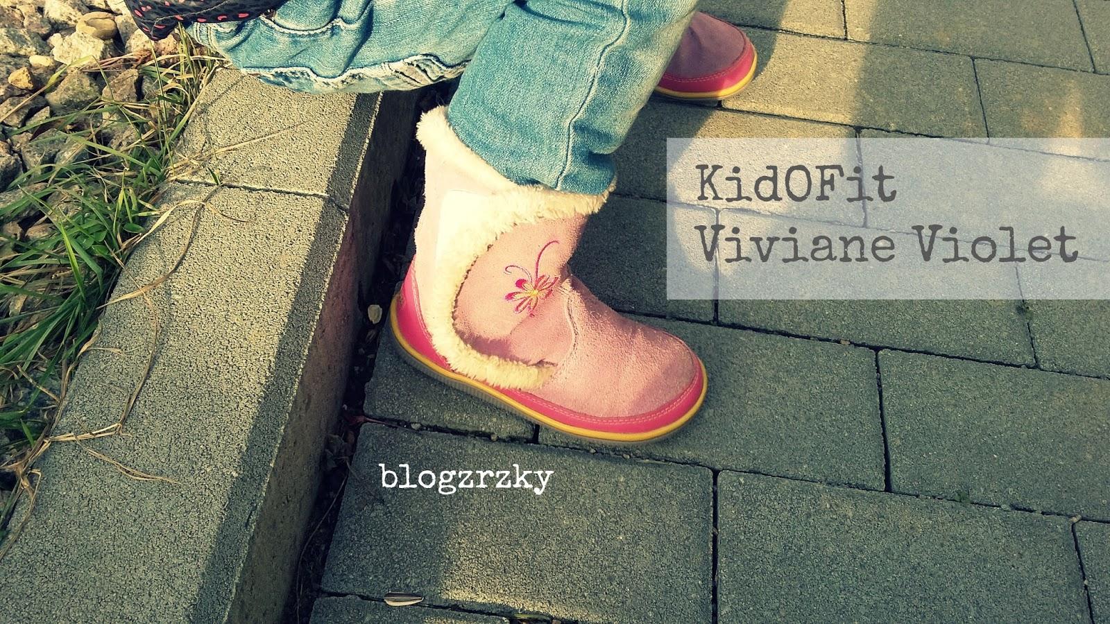 V polovině listopadu jsem tedy Klárce koupila celokožené zimní boty KidOFit  Viviane Violet bdfb7625f9