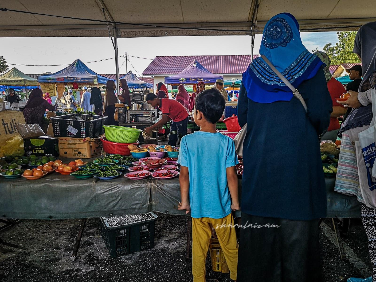 Pagi Sabtu di Pasar Tani Gombak Setia - cili