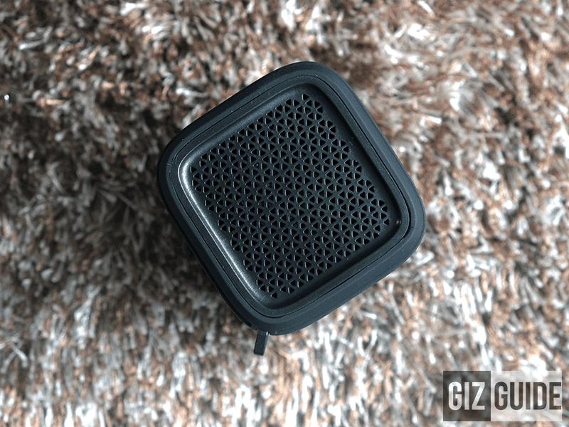Speaker grills on top
