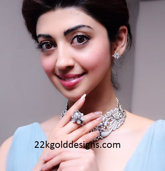 Pranitha Subhash in Kirtilals Diamond Jewellery