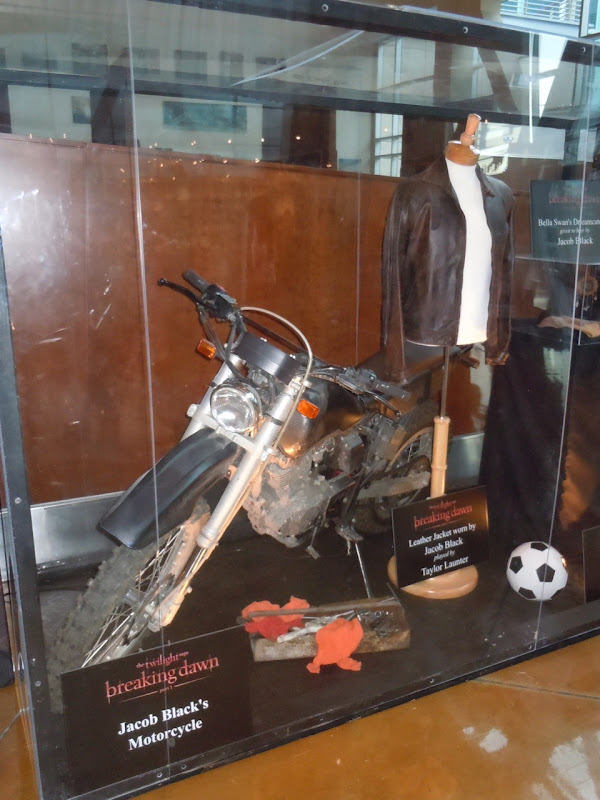 Twilight Jacob Black bike prop