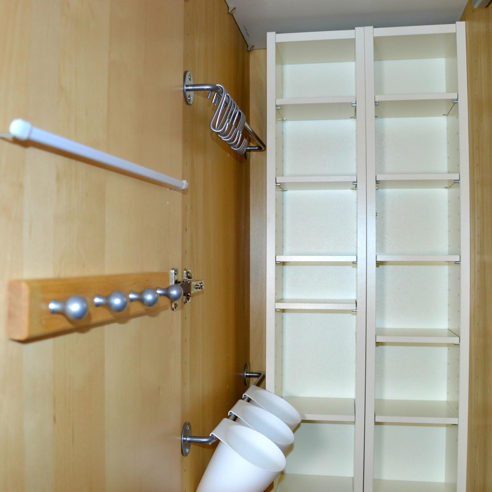 ines felix kreatives zum nachmachen ordnung im bastelzimmer. Black Bedroom Furniture Sets. Home Design Ideas