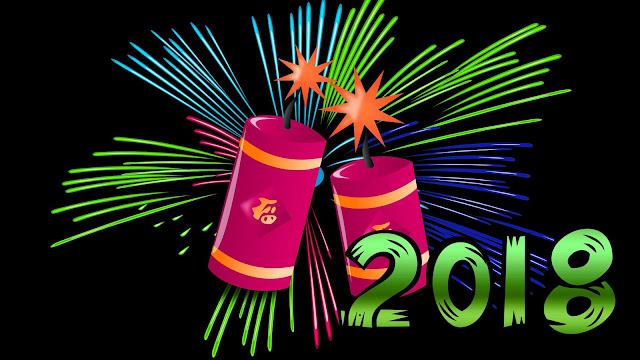 Zwarte achtergrond met vuurwerk en het cijfer 2018 op de voorgrond. Gelukkig nieuwjaar!