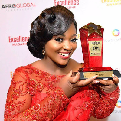 Photos : Jackie Appiah Wins 2017 Afroglobal TV Award Of Excellence In Entertainment