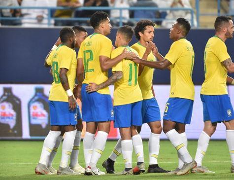 Brasil vence Arábia Saudita por 2x0 em amistoso sem brilho