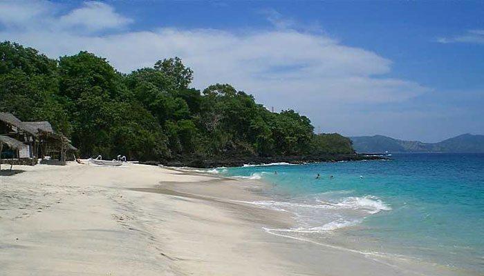 Menjelajah 3 Tempat Wisata Unik di Kota Padang