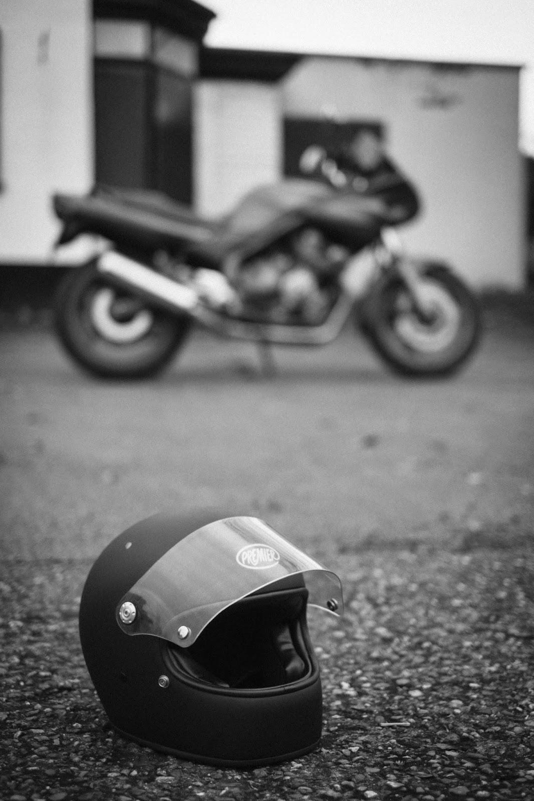 Monsieur Blanc  Premier Trophy Helmet Review 29d5ec0018650