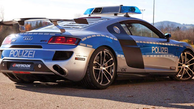 German State Police Have Super Fast Police Car Too, They Also Have A  Supercar Capable Of Pursuing The Street Racer With A Supercar.