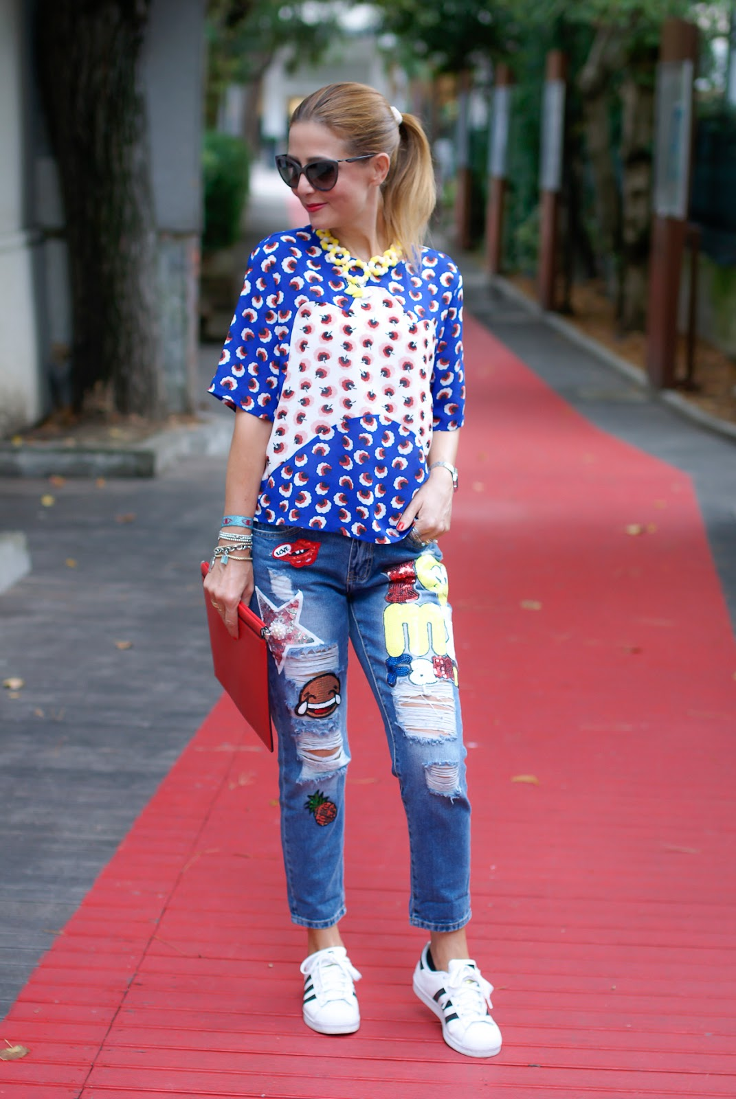 patched jeans with whatsapp emoji patch on Fashion and Cookies fashion blog, fashion blogger style