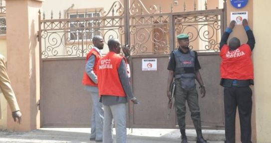 Money Laundering: EFCC charged to go after 'big looters' in CBN, NNPC
